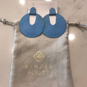 Kendra Scott Diane Earrings.